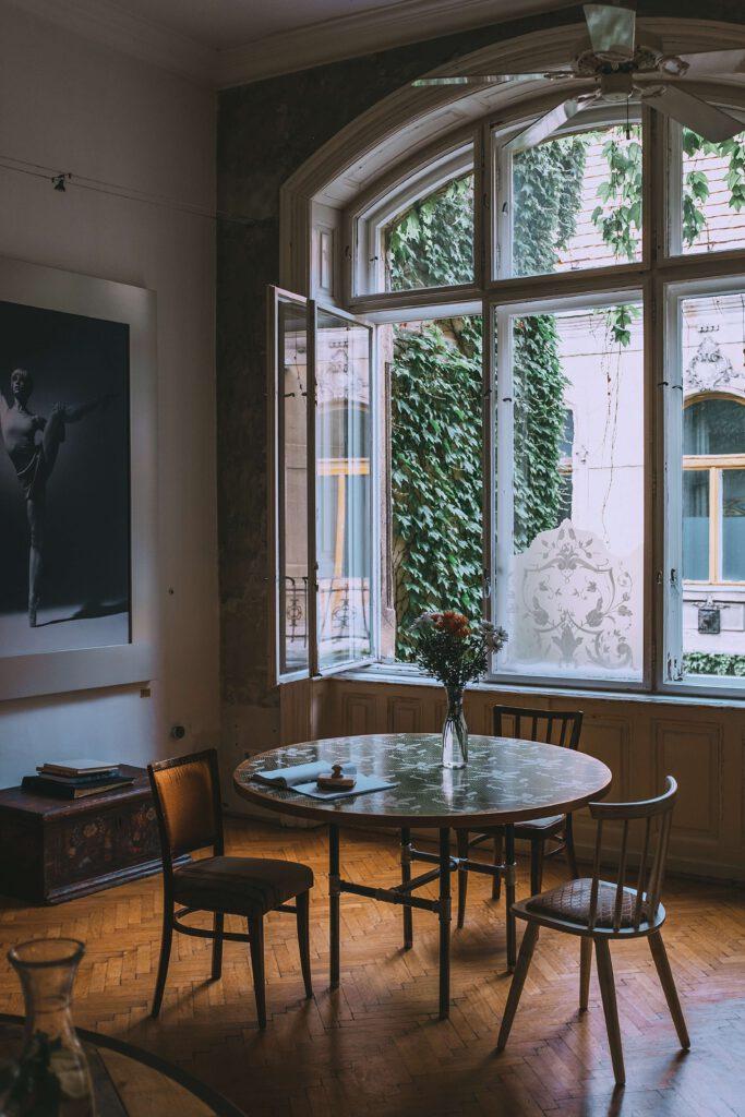 interieur stijlen met bloemen